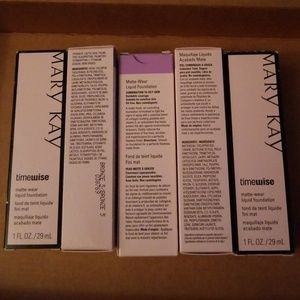 MaryKay  TimeWise Matte-Wear liquid foundation
